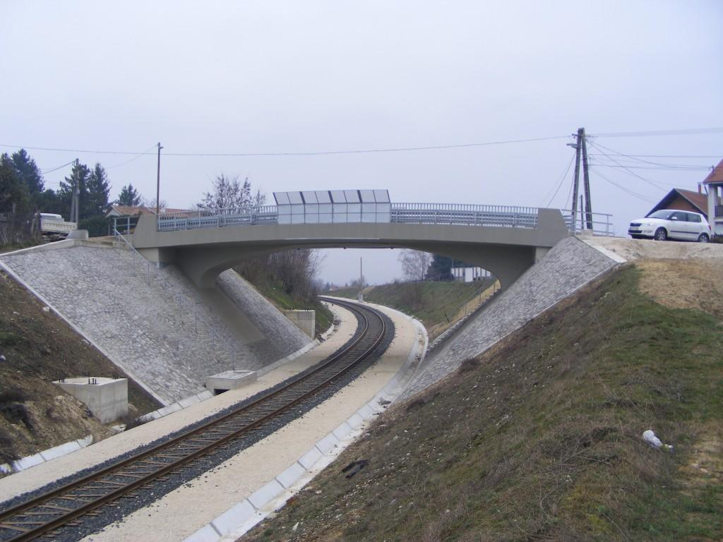 Pilisvörösvár, Kálvária u. közúti felüljáró