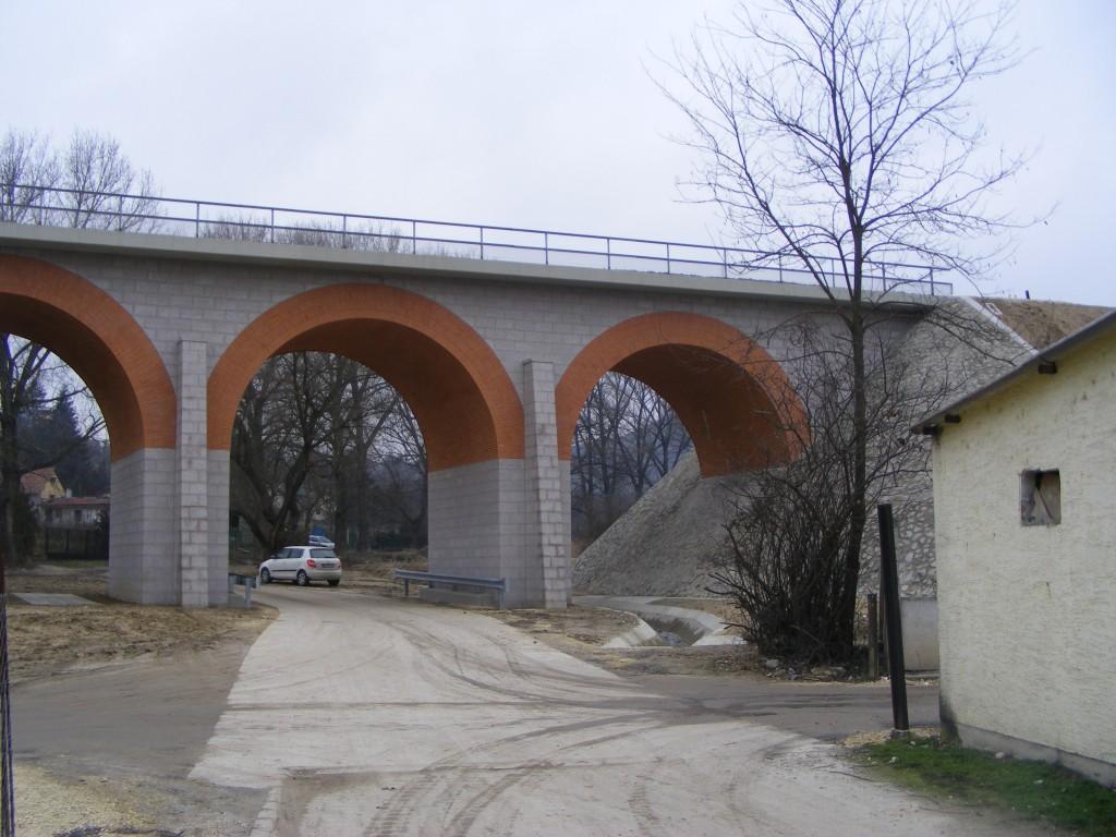Tompa Mihály utcai híd